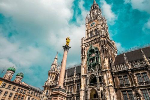 Foto: Neues Rathaus München mit Mariensäule