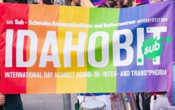 IDAHOBIT 2020 Flagge